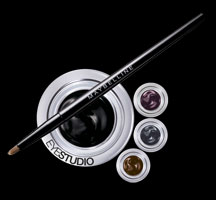 Eye Studio® Lasting Drama™ Gel Liner